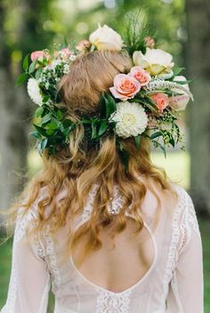 "Gorgeous Fresh Floral ""Statement"" Crown: Coral Roses, White Dahlias, White Veronica, Green China Berry & Green Foliage××××"