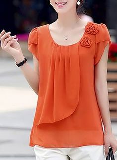 Blouses for women – Lady Dress Designs Blouse Styles, Blouse Designs, Stylish Dresses, Fashion Dresses, Mode Style, Dress Patterns, Chiffon Tops, Chiffon Shirt, Blouses For Women