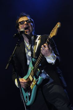 Rivers Cuomo of Weezer describes his deeop love for Nirvana and Kurt