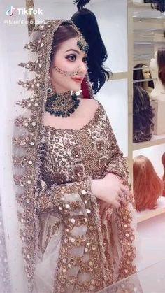 Kids Prom Dresses, Pakistani Wedding Dresses, Wedding Dresses For Girls, Colored Wedding Dresses, Pakistani Bridal Dresses Online, Indian Fashion Dresses, Mahira Khan Dresses, Bridal Lehenga Collection, Afghan Dresses