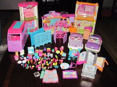 #Large lot of #polly pocket #furniture van cars accessories & more,  View more on the LINK: http://www.zeppy.io/product/gb/2/252598236734/