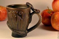 Керамика Dilь_art кружка со змеей керамическая кружка оригинальная кружка необычная кружка  гончарная кружка в подарок глиняная посуда авторская кружка молочный обжиг пивная кружа для пива необычная к