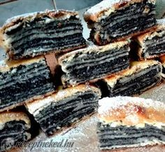 Recept: A bejgli mellé még vállaljunk be egy ilyet! Hungarian Desserts, Hungarian Recipes, Sweet Pastries, Bread And Pastries, Cookie Desserts, Cookie Recipes, Good Food, Yummy Food, Homemade Cakes
