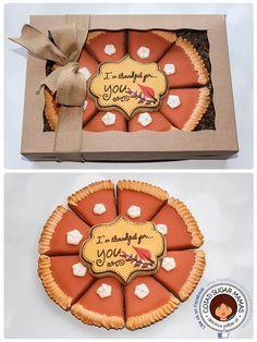 Thanksgiving Pie Sugar Cookies via Cookie Connection Thanksgiving Cookies, Fall Cookies, Iced Cookies, Cute Cookies, Royal Icing Cookies, Holiday Cookies, Cookies Et Biscuits, Cupcake Cookies, Acorn Cookies