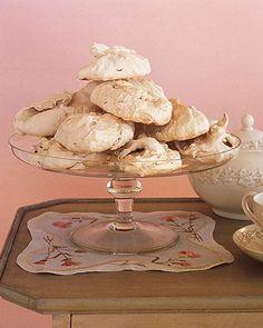Brown Sugar Meringues Recipe