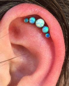 My next piercing. Love those Anatometal clusters! ❤️