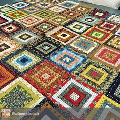 This scrap quilt is too gorgeous not to share. It's by one of our favorite people, Jody Sanders, the Editor of Quilts & More magazine, an American Patchwork publication. @allpeoplequilt Jody is @sewmorequiltsmom. Besides, with this many fabrics, there's gotta be some Moda in there.  #ShowMeTheModa #ModaFabrics