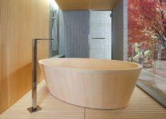香り、匂い、手触りが良く、五感に訴える。檜のお風呂といえば日本人の憧れです。 岐阜県中津川市の「檜…