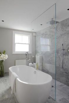 Bad-Ideen Laura Hammett - bathrooms - marble bathroom, open shower, open shower ideas, rain shower h Modern Bathroom Decor, Bathroom Layout, Contemporary Bathrooms, Bathroom Interior Design, Bathroom Designs, Bathroom Ideas, Bathroom Remodeling, Remodeling Ideas, Modern Faucets