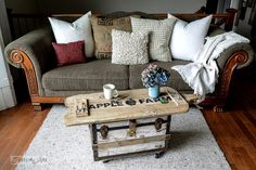 Reclaimed wood cutting board Apple Farm tray on a trunk / funkyjunkinteriors.net