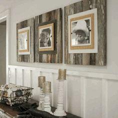 好きな写真や絵を飾ってアートボードとして。ヴィンテージ×モードが融合した雰囲気のあるお部屋です。