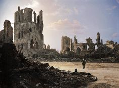 An Austrailan soldier standing amidst the ruins of Ypres, Belgium, and looking towards the remains of the Cloth Hall, September Ww1 History, History Education, World War One, First World, Tagore, Flanders Field, Military Photos, Old Photos, Wwii