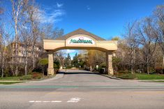 New 2 bed / 2 bath top floor corner unit listing in desirable & central Meadowbrook Estates in #Kelowna #realestate