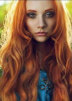 Ginger hair... and I love her makeup! :D