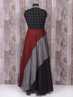 Shop Black and white color one piece suit online from India. Latest Salwar Suit Designs, Kurta Designs, Clothing Store Displays, Kurta Cotton, Straight Cut Dress, Casual Work Outfits, Mod Dress, Indian Attire, Indian Designer Wear