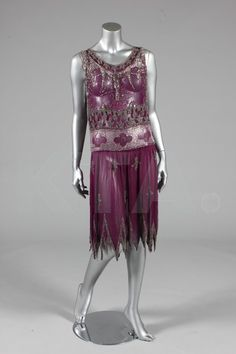 Evening dress, ca 1926  Bust is 92-97cm/36-38in, about a size 12-16 UK/8-12 US.  Click to go to the absentee bidding page.  This Kerry Taylor auction will end October 16th at 10:30 AM GMT (5:30 AM EST).  You will need to register to bid ahead of time.