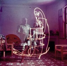 Artists: Picasso - Gjon Mili — Google Arts & Culture