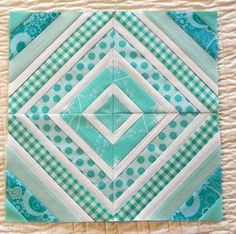 I like that every other strip is white on this string quilt block. For my string quilt one day! Quilting Tutorials, Quilting Projects, Quilting Designs, Sewing Projects, Quilting Tips, Patch Quilt, Quilt Block Patterns, Quilt Blocks, Quilt Kits