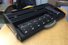 SA750w-ES8 Pedalboard. One of our new standard Roland Boss ES8 switching system boards.