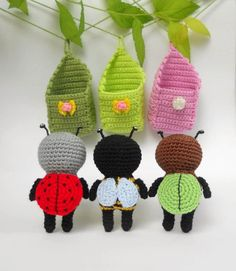 Crochet Amigurumi Amigurumi bugs - free crochet pattern - Hello our dear fans of crocheting! Today we are going to create these adorable amigurumi bugs in cradles. Crochet Animal Patterns, Stuffed Animal Patterns, Knitting Patterns, Crochet Animals, Crochet Gifts, Cute Crochet, Crochet Patterns Amigurumi, Crochet Dolls, Crochet Designs