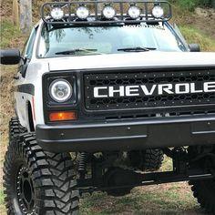 Big Chevy Trucks, Custom Pickup Trucks, Classic Chevy Trucks, Gm Trucks, Jeep Truck, Chevrolet Trucks, Obs Truck, Chevy Vehicles, Custom Muscle Cars