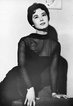 Lin Dai (林黛), actress under the Shaw Brothers stable in 1950s Hong Kong, also known as the Elizabeth Taylor of the East.