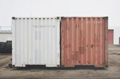 Mike Bayne, Containers, 2008, Oil on panel
