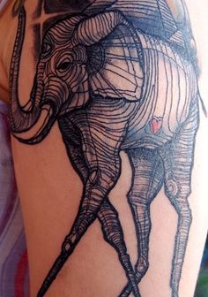 This may be the most incredible tattoo I've EVER seen... Want to have something done by David Hale!