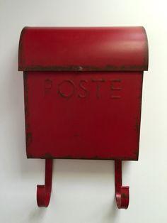 'Poste' Mailbox