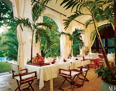 let's discover other Ralph Lauren homes Architectural Digest has featured.here is his beach house in Jamaica all . Design Tropical, Tropical Decor, Tropical Interior, Architectural Digest, Ralph Lauren House, West Indies Decor, British Colonial Decor, Colonial India, British West Indies