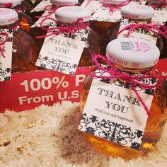 🍎🍏 二次会プチギフト* ラッピング中。 #結婚式#結婚#結婚準備#結婚式準備#wedding#プレ花嫁#花嫁#プチギフト#マルティネリ#りんご#りんごジュース#手作り#diy Diy Wedding, Wedding Gifts, Thank You Gifts, Packaging Design, Gift Tags, Presents, Happy, Crafts, Instagram