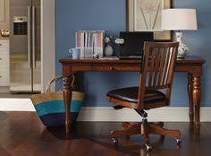 Traditional Desk from Aspen