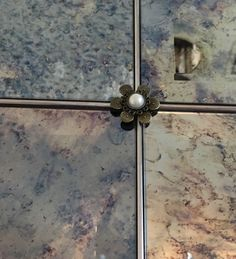 Close Up Of Antiquedmirror Com Highly Distressed Antiqued