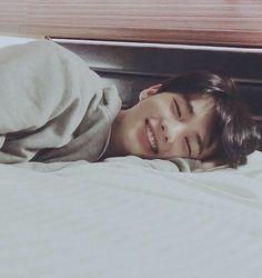 ❝ we just wanna kiss and make up ❞ ㅡʜᴡᴀɴɢ ʜʏᴜɴᴊɪɴ & ʟᴇᴇ ᴠᴇᴇㅡ ▒▒▒▒▒… # Cerita pendek # amreading # books # wattpad Korean Boys Ulzzang, Cute Korean Boys, Ulzzang Boy, Asian Boys, Asian Men, Cute Asian Guys, Korean Guys, Pretty Boys, Cute Boys