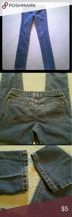 City Streets jeans Great condition that shows no signs of wear. 83% cotton 16% polyester 1%spandex straight leg jeans. Size 1. Pants Straight Leg