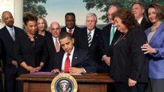 Obama_signs_Ryan_White_extension