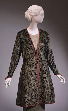 Coat, Mariano Fortuny, 1930  The Philadelphia Museum of Art