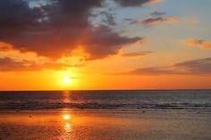 Bali Driver Hire Seminyak Price – Start from IDR 450K Wallpaper Bali, Wallpaper Images Hd, Sunset Wallpaper, Monte Horebe, Portal, North Babylon, Sunset Background, Background Images, Gili Island