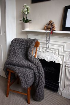 Chunky Knit British Wool Throw by GraphiteHandKnit on Etsy
