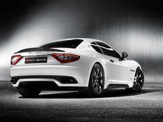 Maserati GT   Car Pictures: Maserati Quattroporte Sport GT S MC Sport Line 2011