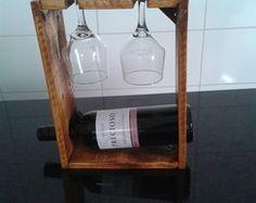 Porta Vinho e Taças - verniz