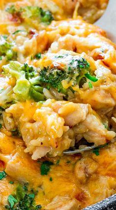 One Pot Cheesy chicken Broccoli & Rice Casserole