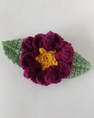Click the banners below for more flower patterns, available via mail or download!  Dreamz wooden crochet hooks are great for any project!    Primrose Flower