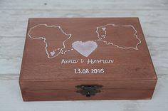 Pudełko na obrączki ślubne dla podróżników lub dla międzynarodowej pary :)  Do kupienia w sklepie Madame Allure! Decorative Boxes, Decorative Storage Boxes