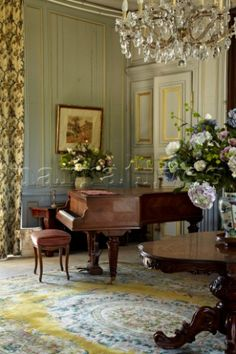 Sage green walls and quietly colored rug show off the wood piano finish and the center table in this English country house. Not sure if this is a music room or sitting room. Room, House, Home, Beautiful Interiors, Music Room, House Interior, Piano Room, English Country House, English Interior