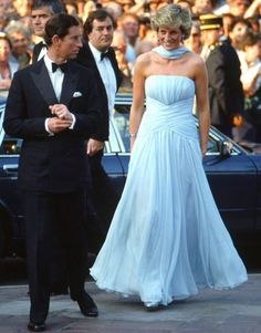Iconic Cannes Fashion// Princess Diana in Catherine Walker 1987