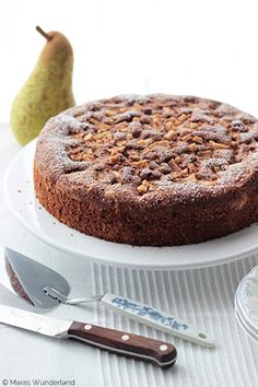 Pear and Red Wine Cake Tastemade Dessert, Guinness, Cake Recipes, Dessert Recipes, Fall Cakes, Cupcakes, Cake Cookies, Unprocessed Food, Italian Desserts