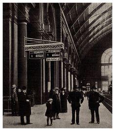 1912. A Keleti pályaudvaron