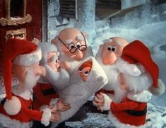 Santa Claus is Comin' to Town - Christmas Specials Wiki- Kris Kringle!