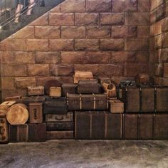 The Wizarding World of Harry Potter Diagon Alley Hogwarts Express Hogsmeade station train luggage